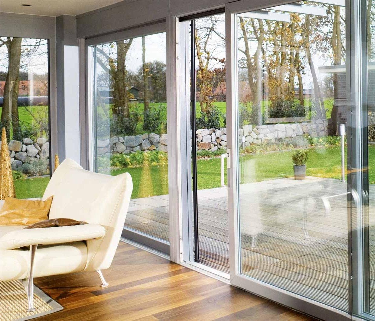 Раздвижные окна для террасы: фото остекленных веранд в частн.